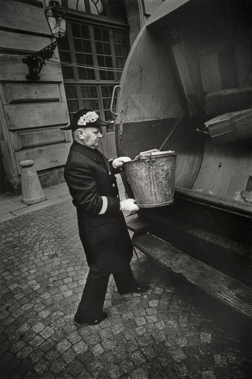 The King's garbage. The Royal Palace of Stockholm 1973