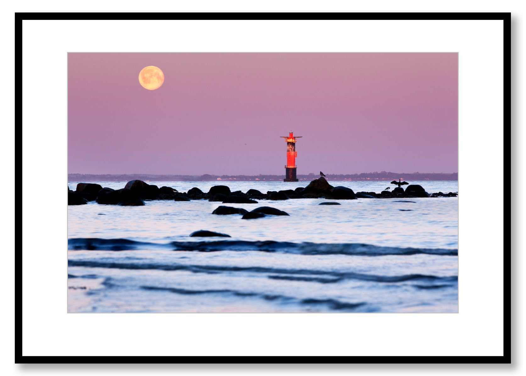 "Moonset, Lighthouse ""Svinbådan"", Viken, Sweden. Photo by Fredrik Rege"