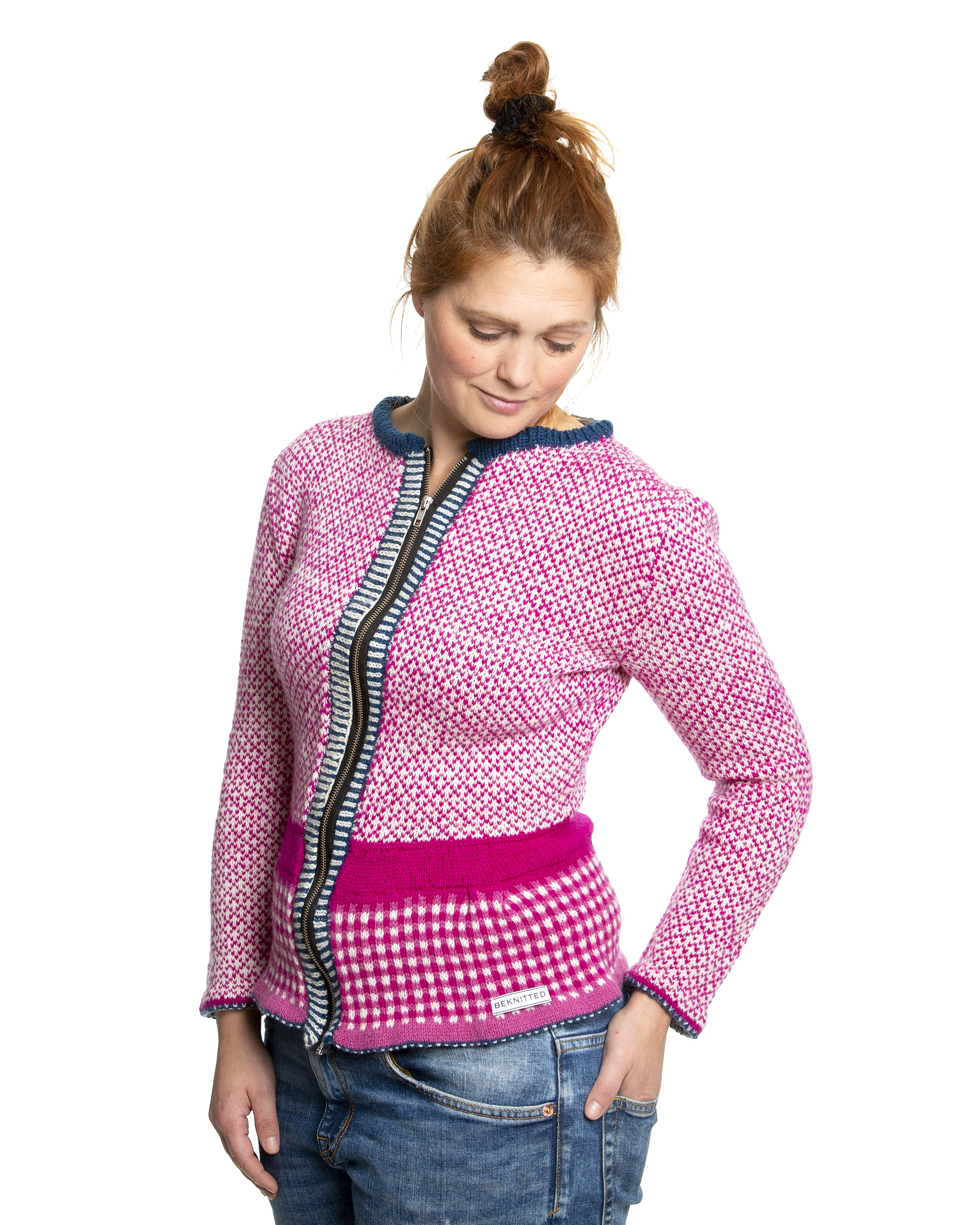 Knit Kit Stugustårsa Cardigan